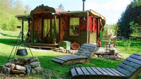 american hippie boheme boho lifestyle tumbleweed house