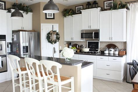 kitchen decor above cabinets greenery above kitchen cabinet ideas to give a fresh look 4375