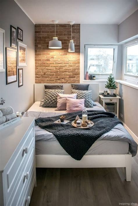 Awesome 70 Small Bedroom Decorating Ideas https