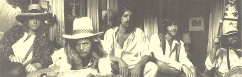 Eagles Album Artwork by Cover Art Hotel California The Eagles