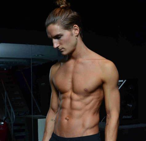fitspiration   month oliver proudlock hip healthy