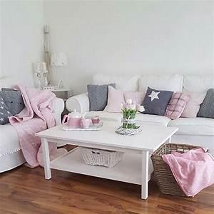 Kissen Für Sofa : sofakonfetti sch ne sofas von bloggern und von instagram wohnkonfetti ~ Frokenaadalensverden.com Haus und Dekorationen