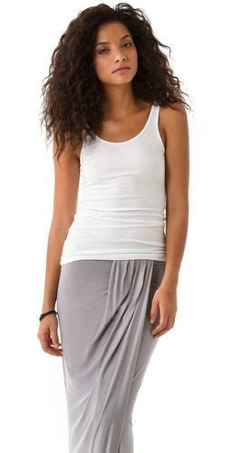 james perse daily super comfy outfit white tank grey