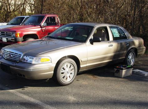 automotive repair manual 2003 ford crown victoria head up display 2003 2011 ford crown victoria and mercury grand marquis car audio profile