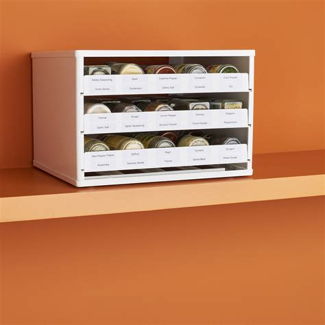 30 Spice Rack by Youcopia Spicestack Chef S Edition 30 Bottle Cabinet