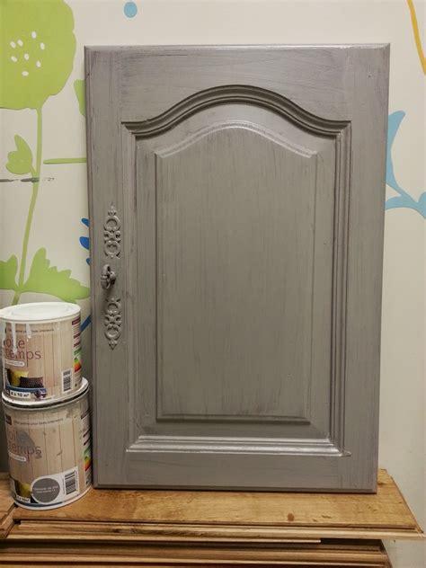 repeindre cuisine en chene massif cours de bricolage admt peinture sur meuble repeindre