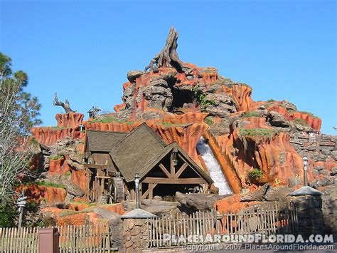 Splash Mountain - Disney's Magic Kingdom Photo Gallery