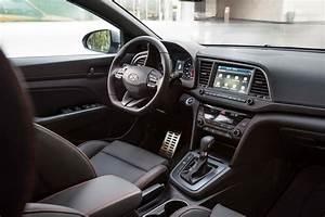 2017 Hyundai Elantra Sport interior view 03 - Motor Trend