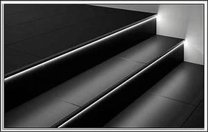 Led Beleuchtung Treppenstufen : led beleuchtung treppenstufen download page beste wohnideen galerie ~ Sanjose-hotels-ca.com Haus und Dekorationen