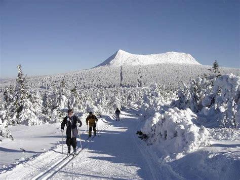 accueil gite les pierriers les estables 43 massif du m 233 zenc en auvergne