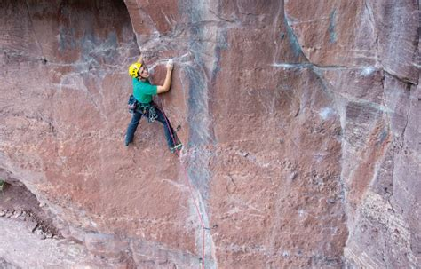 How To Climb Types Of Climbing, From Bouldering To Trad