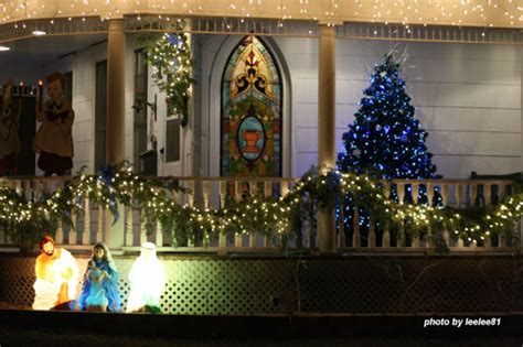 christmas decorating ideas for porch railings outdoor christmas decorating ideas for an amazing porch