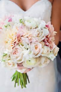 bouquet de fleurs mariage 25 stunning wedding bouquets best of 2012 the magazine