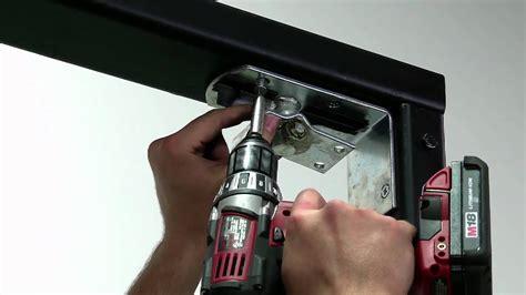 pasos  instalar la puerta eliason bisagra easy