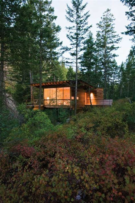 cottage  stilts  andersson wise architects modern house designs
