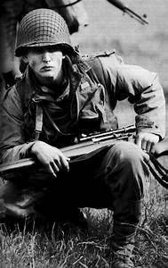 Pvt. Daniel Jackson - Barry Pepper - Saving Private Ryan ...