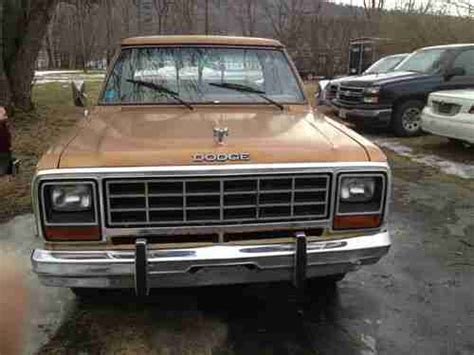 buy   dodge  wd long bed  cyl automatic