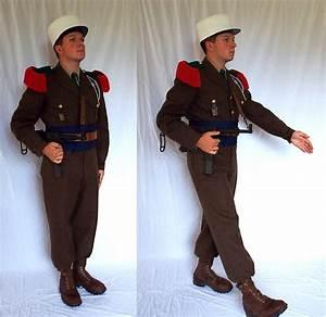 Légionnaire du 2ème REI en tenue de parade à AïnSefra 14
