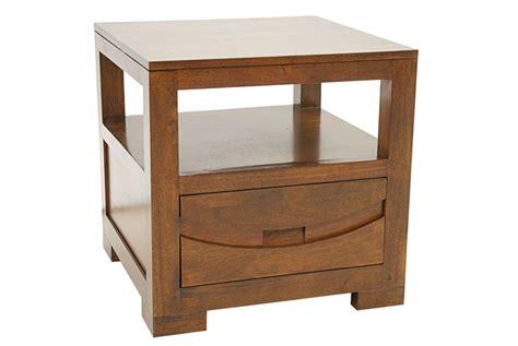 bouts de canap駸 bout de canap en hva massif de qualit meuble en bois massif pour le salon lotusa