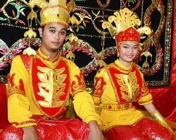 ritual pernikahan unik  aneh  malaysia asalasah