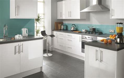 glossy white kitchen cabinets white and teal kitchens fairmount white gloss kitchen 3852