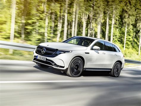 Merced Toyota by 2020 Mercedes Eqc 400 4matic Revealed Kelley Blue Book