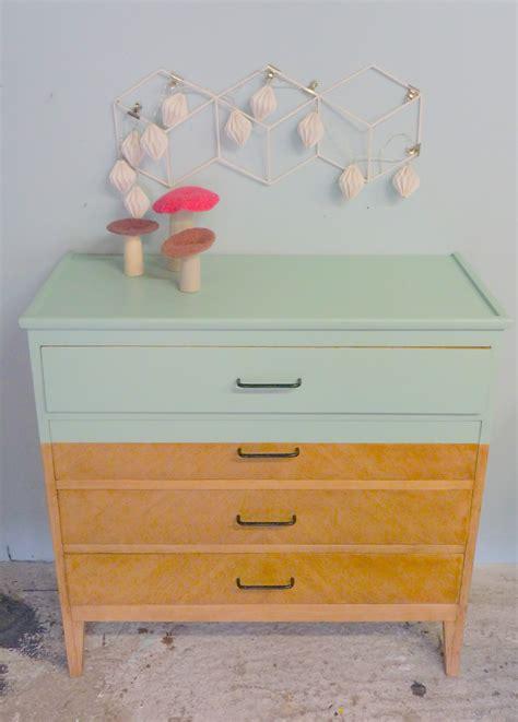 le bureau bois repeindre un bureau en bois repeindre meuble ancien id