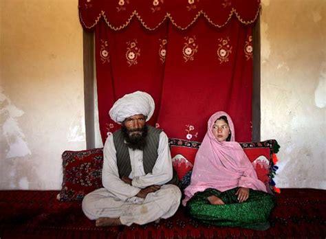 marriage afghanistan arranged wedding 2007 unicef gets unites married indymedia afghan taliban age islam muslim under being getting pregnant years