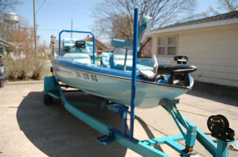 Used Fish And Ski Boats With Outboard Motors by Ebbtide Fish And Ski Boat 16ft 115cc Johnson Outboard 2