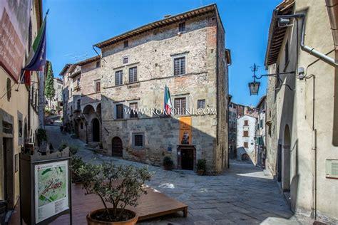 in vendita centro anghiari toscana appartamento in vendita centro storico