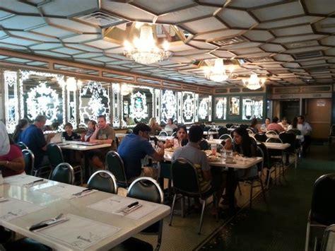 cfa versailles cuisine une des salles picture of versailles restaurant miami