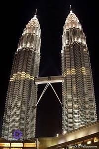 Petronas Towers Wallpaper