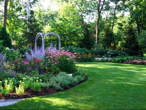 Suburban Backyard Landscaping Ideas by How To Garden A Suburban Back Yard Landscape Design