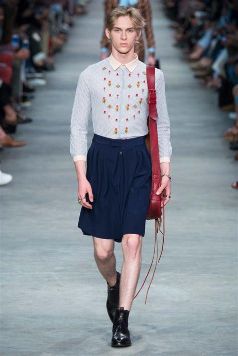 treat  men wear skirts men fashion hub