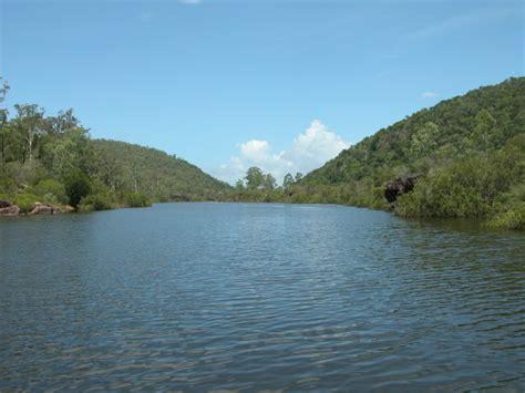 paradise dam biggenden qld sweetwater fishing australia