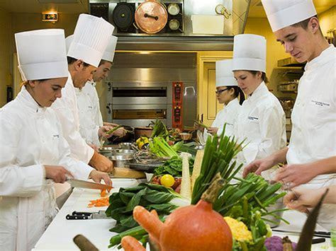 groupe de cuisine cours de cuisine groupes idée originale