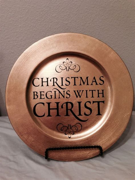 ideas for christmas plate designs best 25 vinyl ideas on cricut projects vinyl crafts
