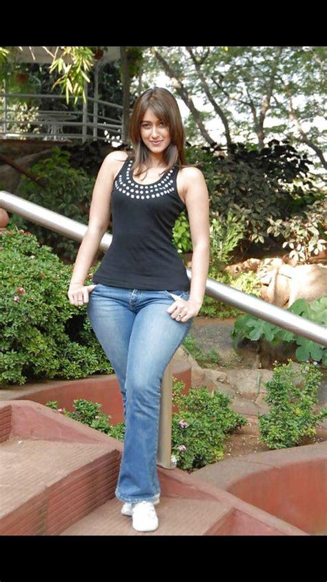 Arab Girls Hot Pants