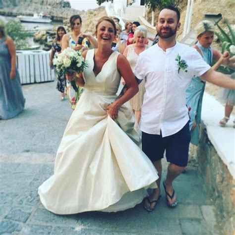 Married In Style British Bride Appears To Perform Sex