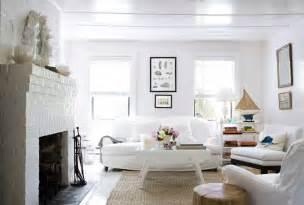cottage livingrooms cozy white