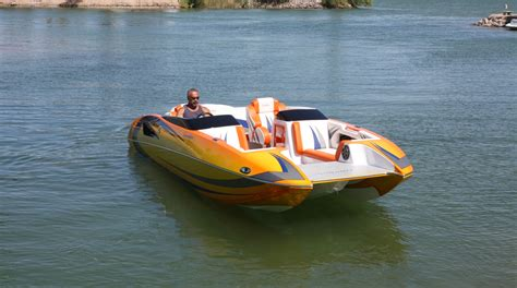 Performance Power Boats domn8er powerboats