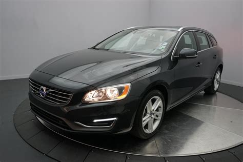pre owned  volvo   drive  premier station wagon