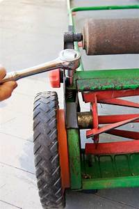 How To Sharpen A Push Mower  Or A Reel Mower  The Art Of