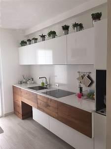 100 idee di cucine moderne con legno colori idee e for Arredamento bianco e legno
