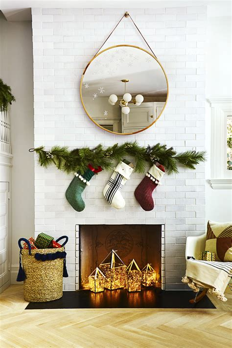 easy diy christmas decorations   budget  decor