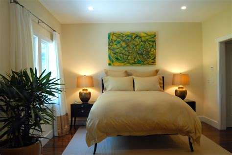 hamptons guest bedroom design yellow