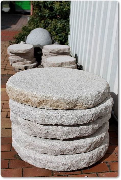 Trittsteine Aus Granit Für Den Garten