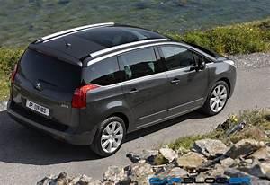 Occasion Peugeot 5008 7 Places Toit Panoramique : barre de toit 5008 toit panoramique cartement des barres de toit sur 5008 questions techniques ~ Maxctalentgroup.com Avis de Voitures