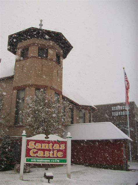 iowa christmas storm lake castle santa towns trip road ia magical town onlyinyourstate take through