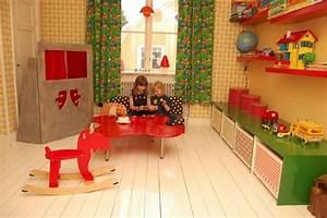 Table Basse Enfant : salle de jeux enfant comment la meubler et la d corer ~ Teatrodelosmanantiales.com Idées de Décoration